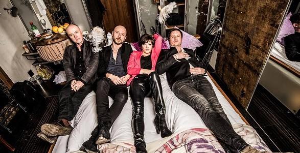 PARADISE - Το νέο supergroup του Sivert Hoyem