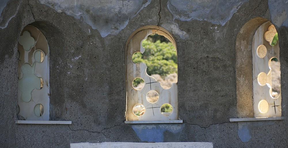 Μακρόνησος: Ένα φωτογραφικό οδοιπορικό