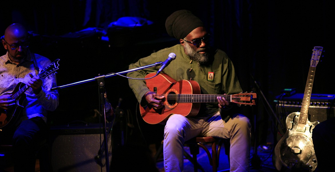 Corey Harris Acoustic Trio live @ Half Note - Review