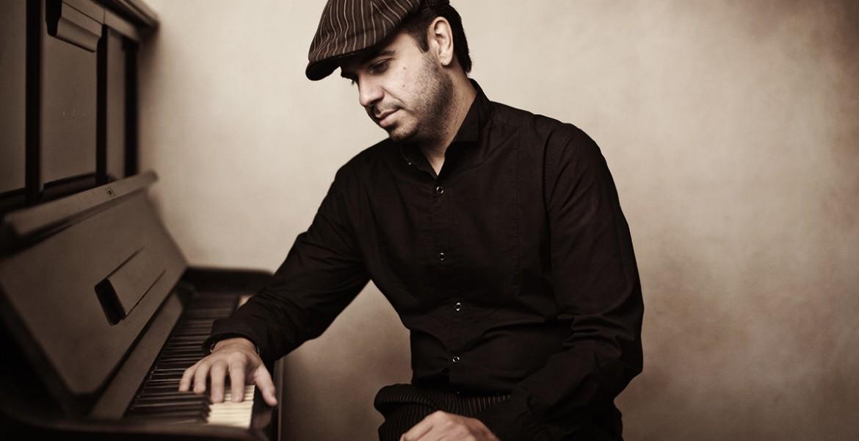Dimitris Sevdalis Trio Feat. Eleni Ermina Sofou