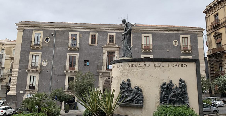 Κατάνια, η «μαύρη» αρχόντισσα της Σικελίας