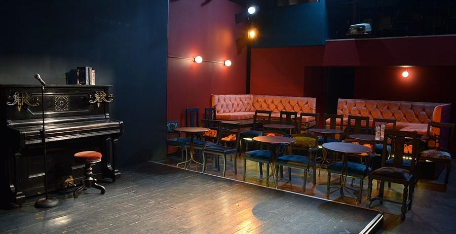 Το  Red Jasper Cabaret Theatre επιστρέφει!